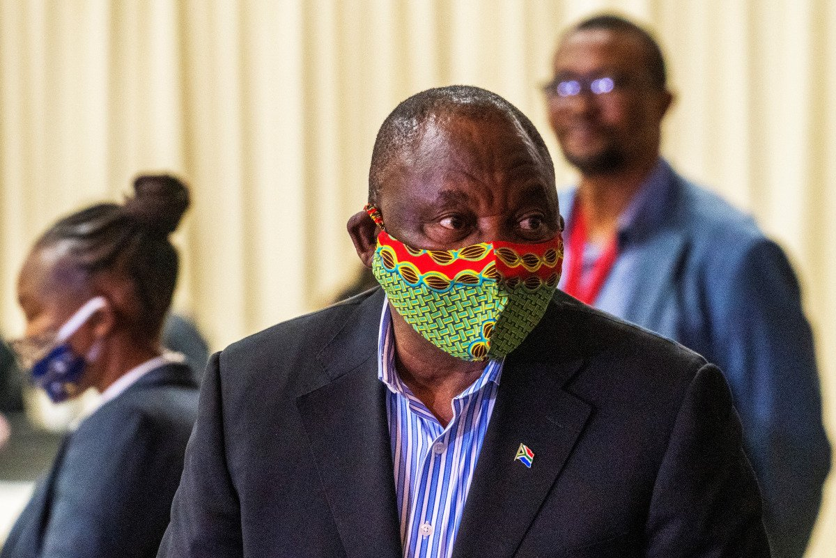 South African President Cyril Ramaphosa wearing a mask during the Covid-19 pandemic.
