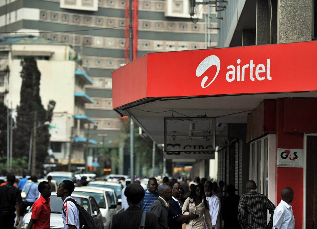 A shop front showing the Airtel logo.